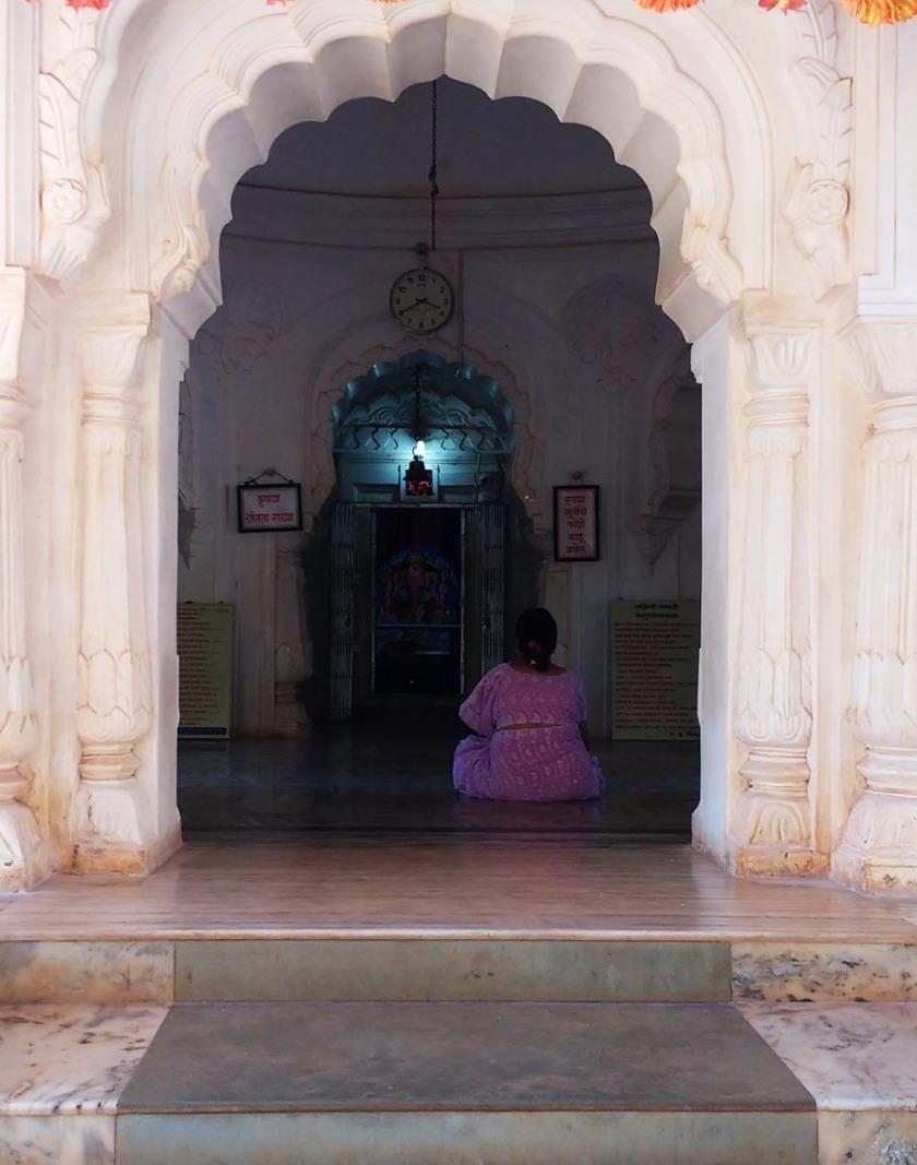 kadyavarcha-ganpati-anjarle2